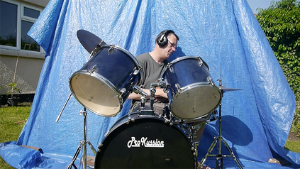 Blue screen drums.png