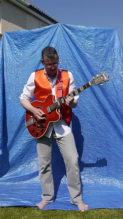 Blue screen red guitar.png
