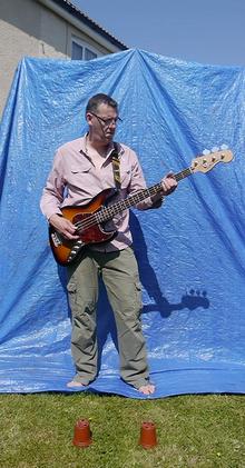 blue screen bass.png