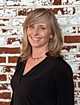 Rhonda Pilarski Owner Of Salon Sixteen