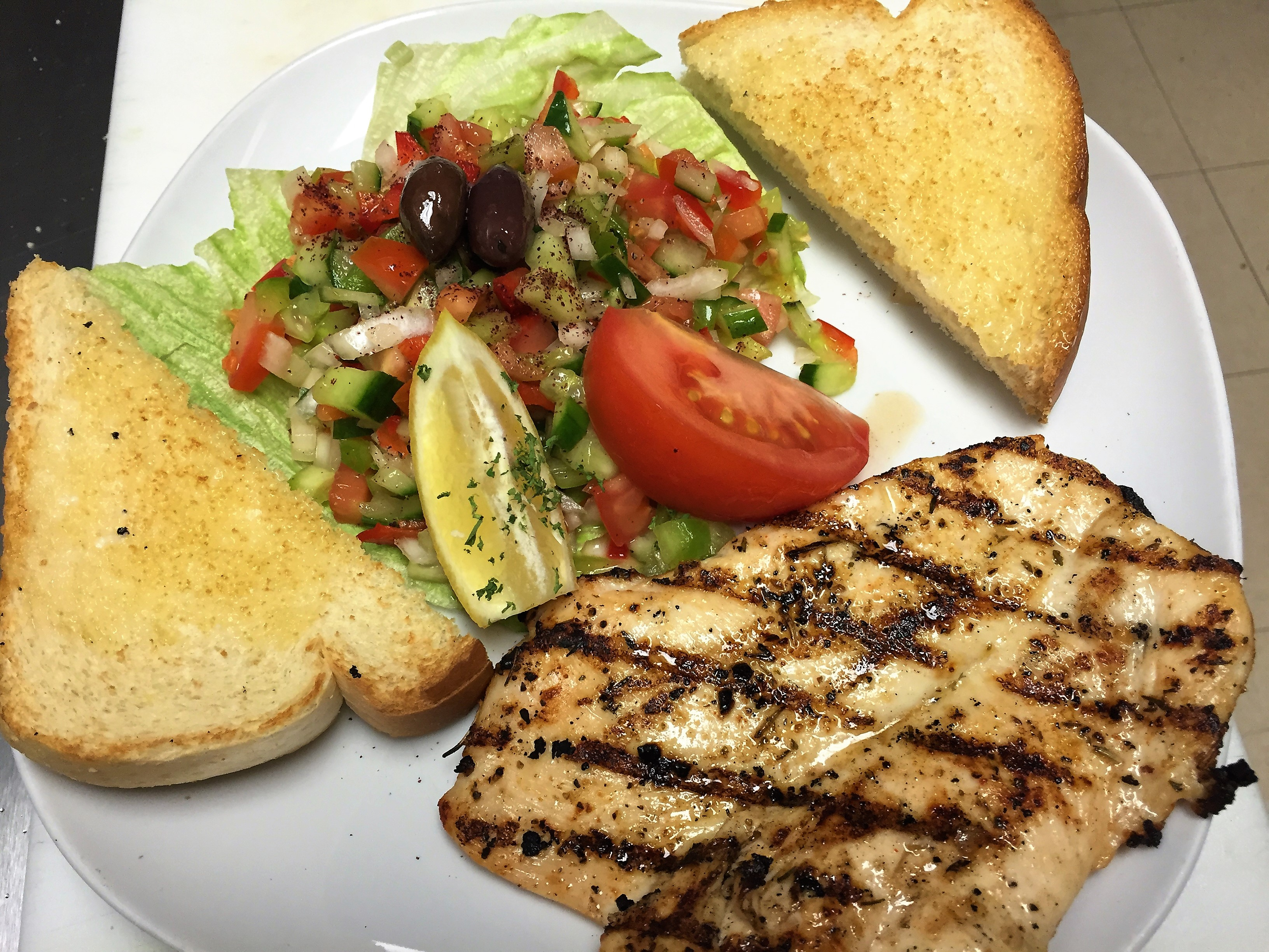 Grilled chicken with light salad