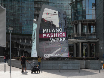 MODELS RUNWAY ITALY MILANO в рамках Недели моды MILANO FASHION WEEK 2019