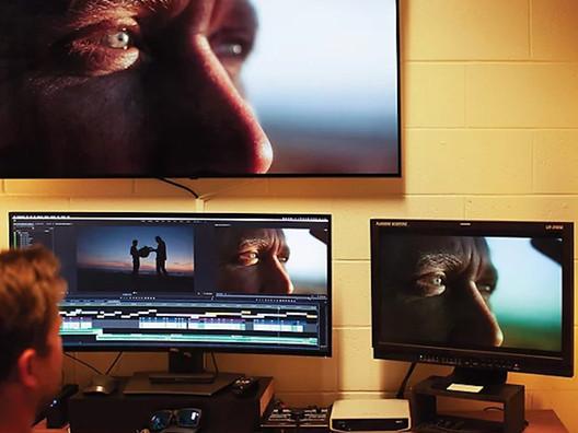 Descubra a configuração ideal pra rodar o Premiere Pro 2021