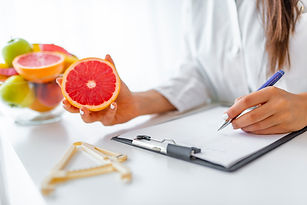 doctor-nutritionist-writing-case-history
