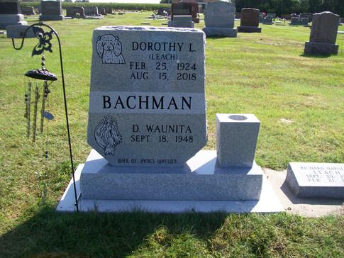 BACHMAN, DOROTHY & D. WAUNITA.JPG