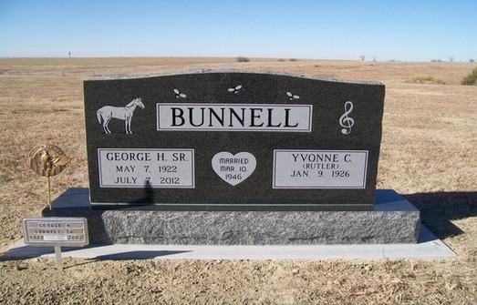 BUNNELL, GEORGE & YVONNE.JPG