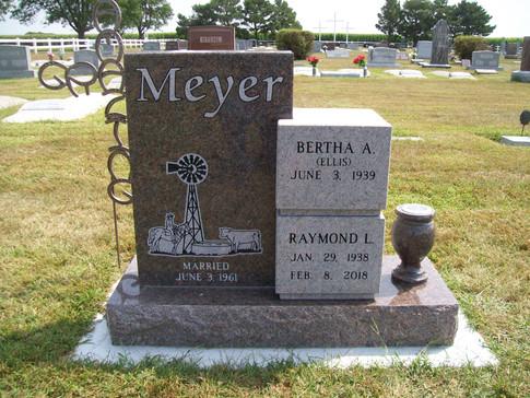 MEYER, RAYMOND & BERTHA.JPG