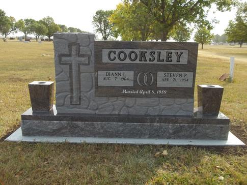 COOKSLEY, STEVE & DIANN.JPG