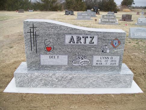 ARTZ, LYNN & DEE.JPG