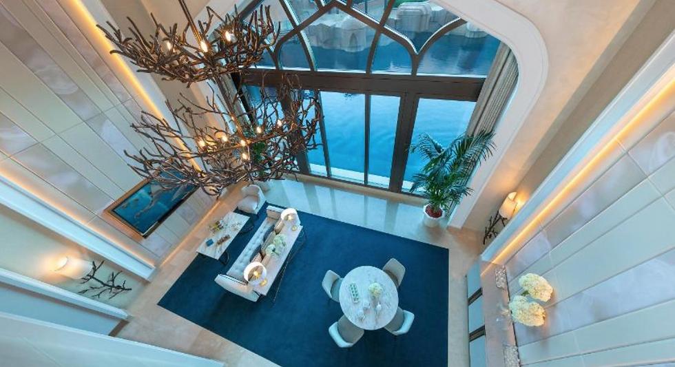 Dubai Marble Table Suite.png