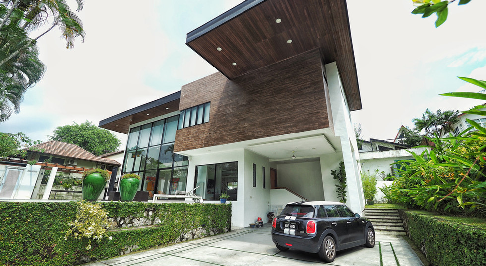 Cantilevered Porch Roof