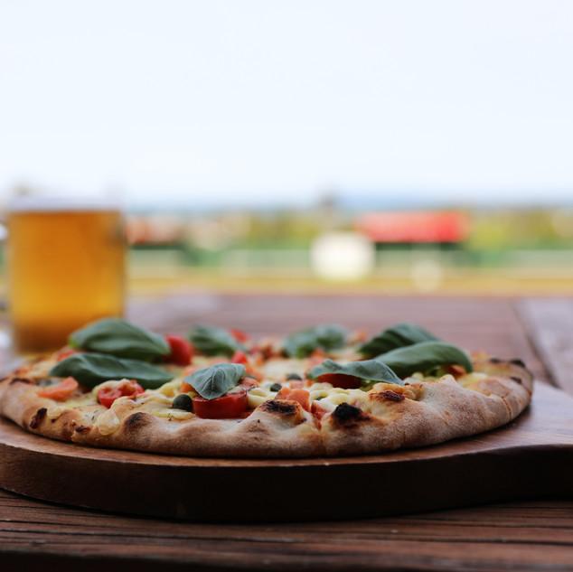 Pizza&Beer.jpg