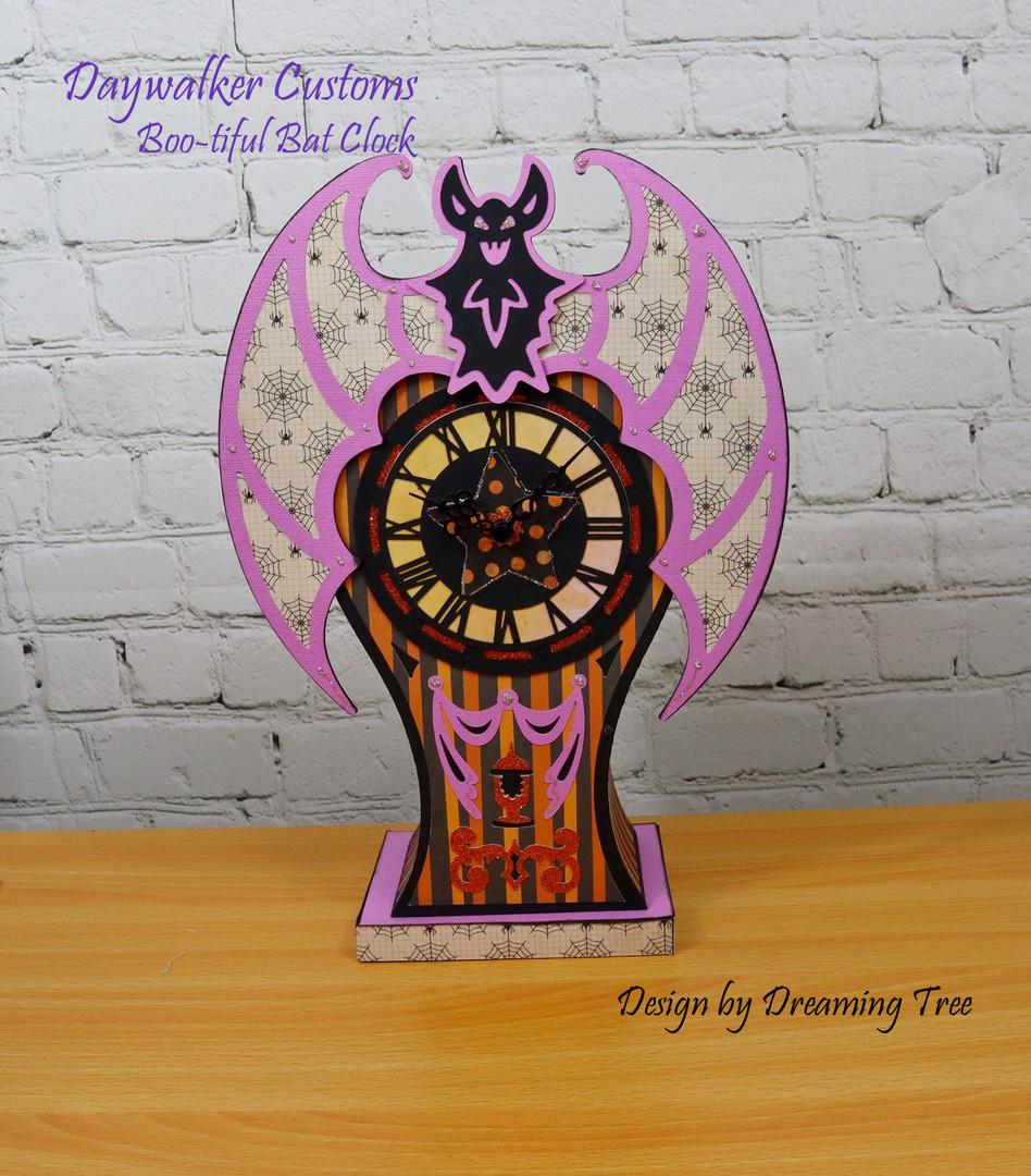 Boo-tiful Bat Clock