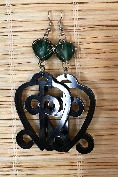 ODO NNYEW FIE KWAN: Black Acrylic Earrings w/Green Heart Stone