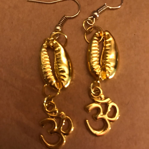 "Gold Cowrie Shell and ""Om"""