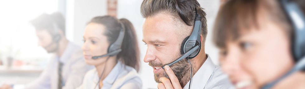 Man in contact centre using twilio flex