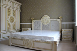 Кровать из массива на заказ