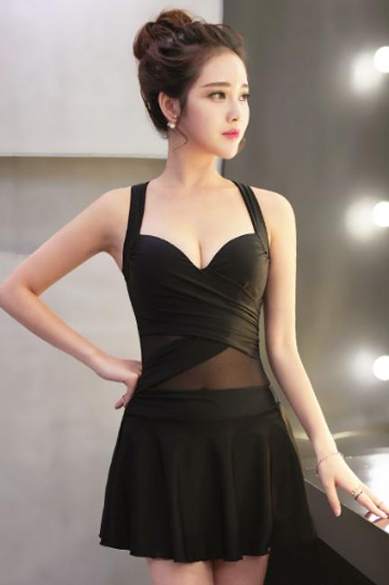 RSYY16405 网纱裙式分体平角大码泳装