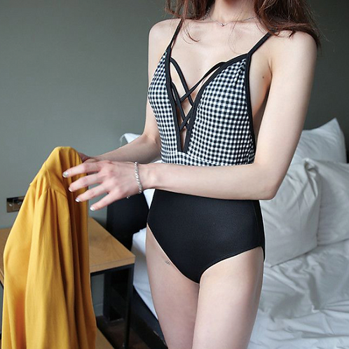 SN19793 Checker Black halter back Monokini