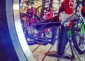 История BMX, а если быть точнее то Bicycle Moto Extreme, означает Вело Мото Экстрим.