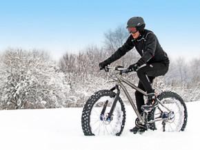 Ошибки при езде на велосипеде в холодное время года и как их избежать