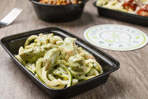 Creamy Chicken Alfredo Zoodles