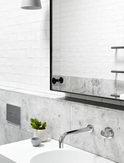 washroom 1.jpg