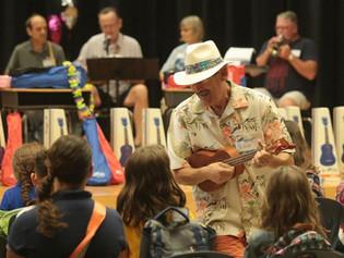 Group Donates Ukuleles to Callaway Elementary School