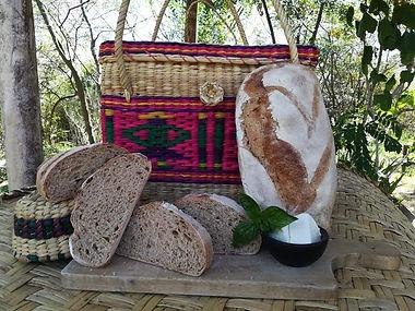 pan de masa madre 2.jpeg