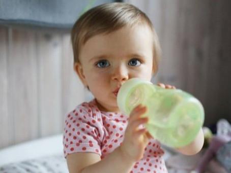 Мама, наливай. Какие напитки могут навредить вашему младенцу