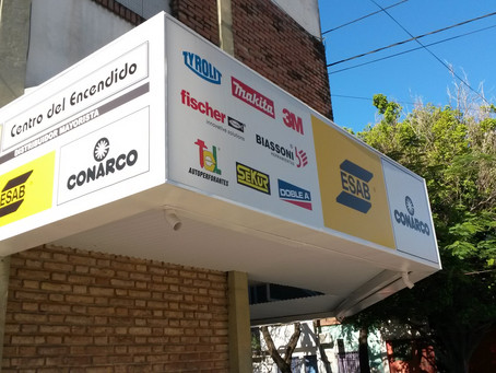 Marquesina con Letreros Backlight para CENTRO DEL ENCENDIDO