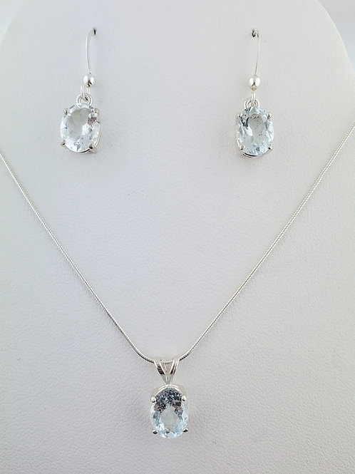 Aquamarine 8x6 Oval Cut Necklace and Earring Set