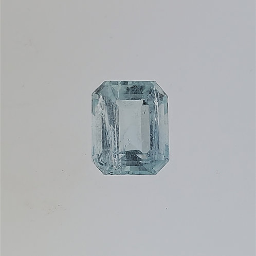 5.90cts Aquamarine in Emerald Cut