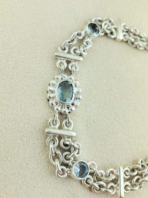 Aquamarine 2.5cts Bezel Set in Silver Bracelet