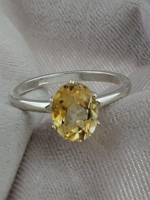 Citrine 8x6mm Oval Silver Ring
