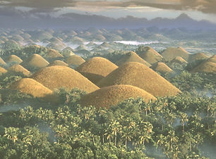chocolate-hills-PHIL0116_edited.jpg