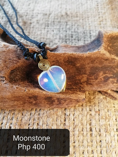 Moonstone (Necklace)