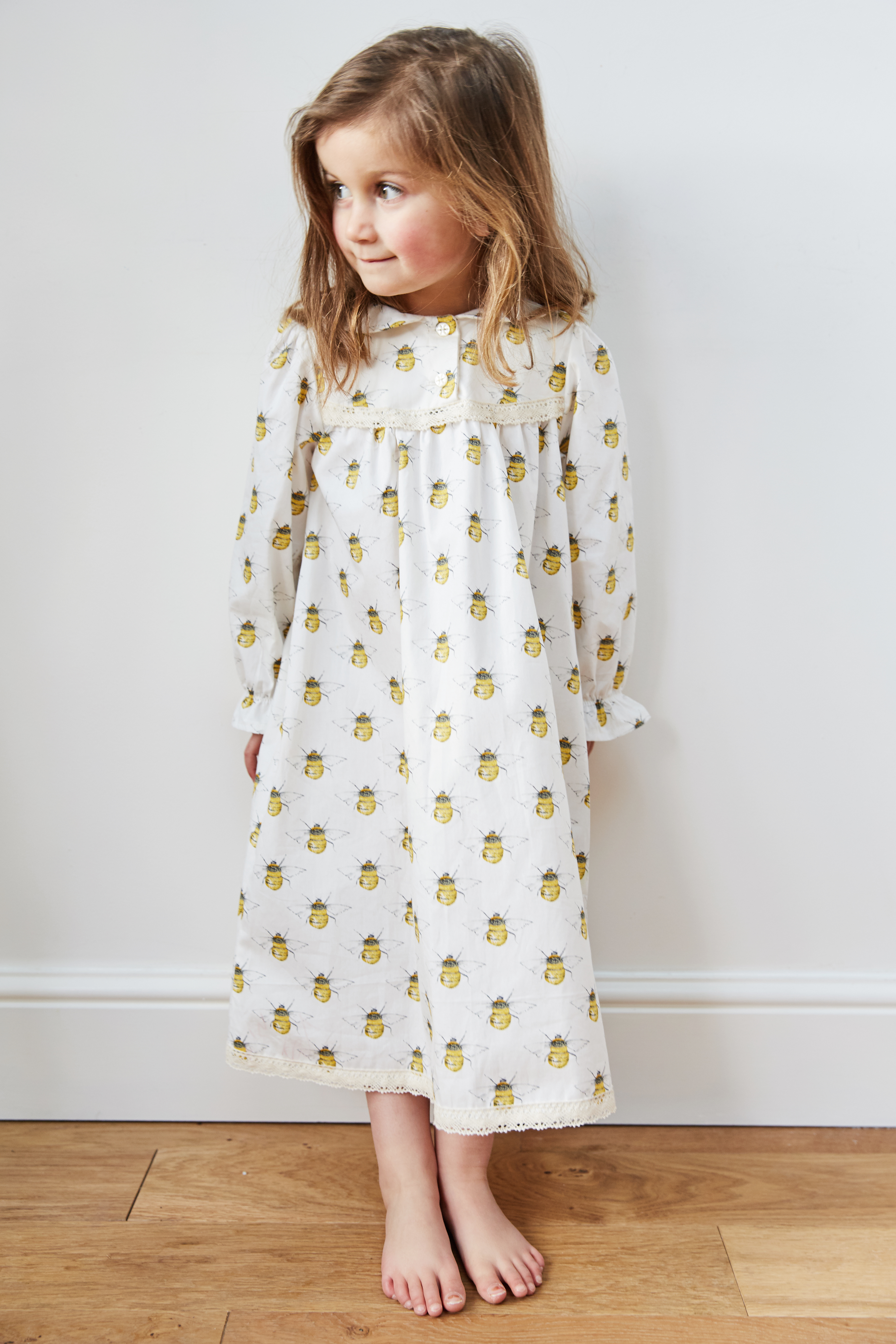 Nightie in Bee print