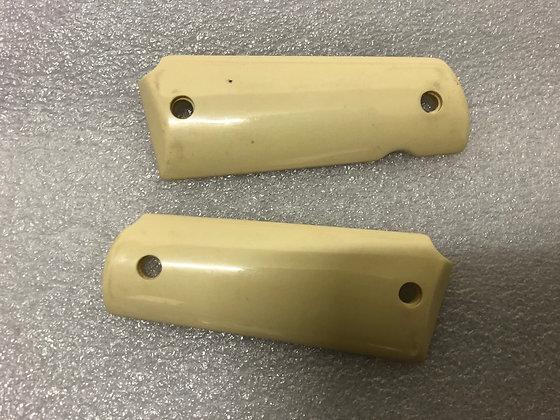 Random Plastic Grips