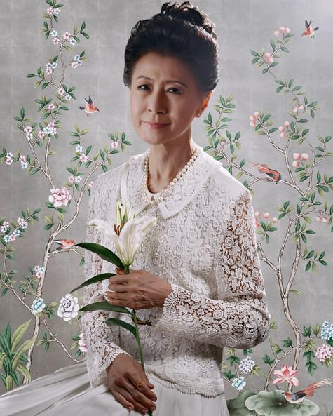 Khun Peggy Loves Lillies