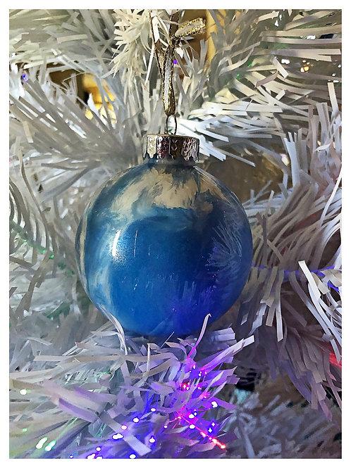 Blue and white swirl ornament