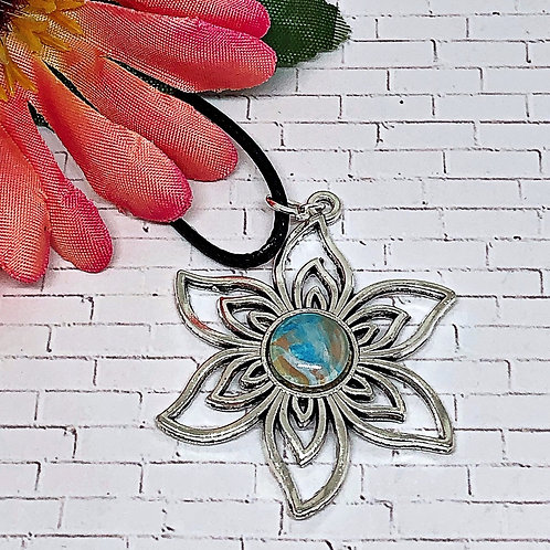 Beach color Flower pendant. Flower pendant.