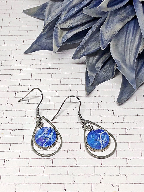Blue and white teardrop earrings