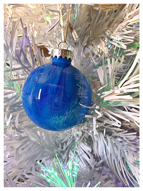 Blue with hints of purple and white ornament
