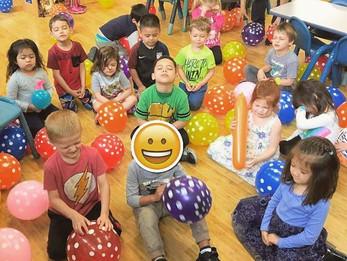 100 Balloon Party