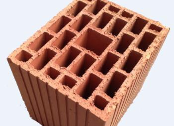 Large format, non-modular bricks