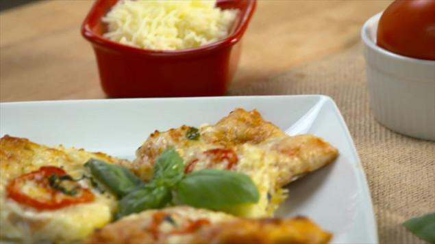 Tomato Basil Pizza.mp4