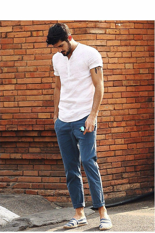 Рубашка белая льняная с коротким рукавом