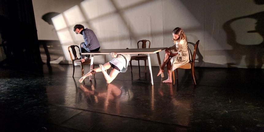 Folie-a-Trois-photo-by-LA-Dance-Chronicl