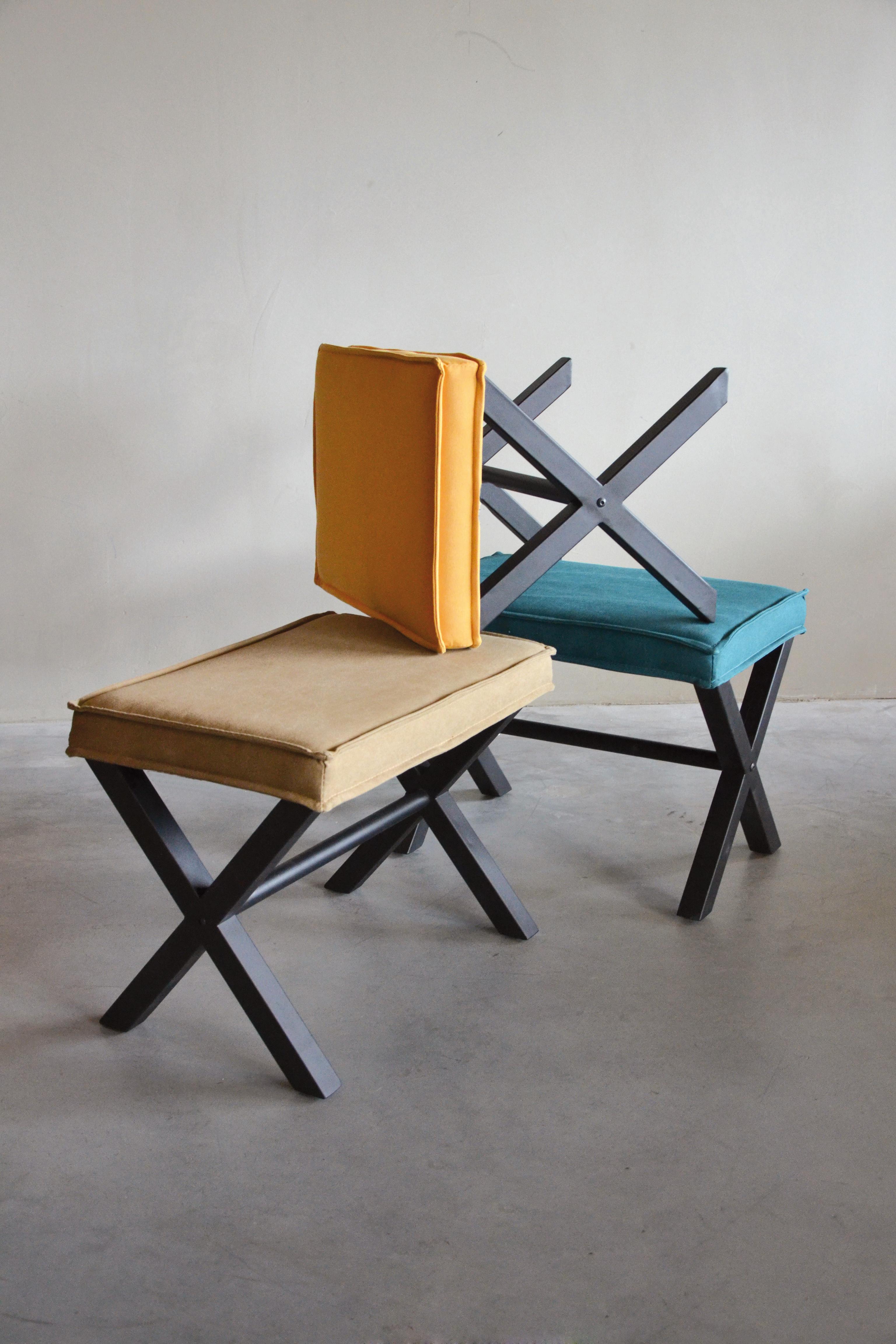DUTSH xross stools bewerkt